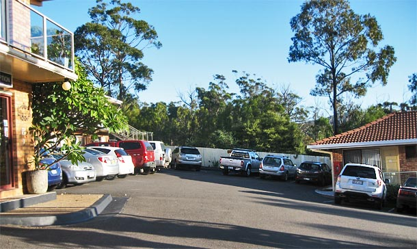 Merimbula Accommodation - Onsite Parking at Ocean View Motor Inn